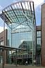 Duisburg - Innenstadt (25) - »Königsgalerie« (Pixelteufel) Tags: duisburg nordrheinwestfalen nrw architektur fassade gebäude innenstadt city stadtmitte stadtkern geschäft geschäftshaus laden einkaufen shop shopping