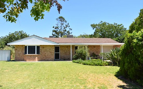 9 Cummins Avenue, Moree NSW