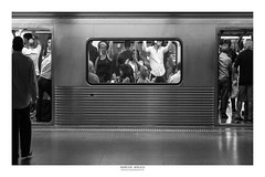 [ Last warning ] (Marcos Jerlich) Tags: subway train people walk contrast crowding march flickr 7dwf hmm monochromemonday monochrome mono bw blackandwhite bnw saopaulo brasil américadosul canon canont5i canon700d efs1855mm marcosjerlich
