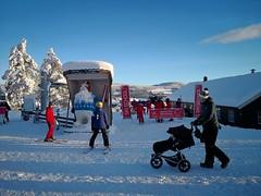 At the Ski School (A. Wee) Tags: 特利西尔 trysil norway 挪威 skiresort 滑雪场 turistsenter