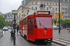 Stockholm Tram 210 at Norrmalmstorg (TrainsandTravel) Tags: sweden suède schweden sverige standardgauge voienormale normalspur standardmätare trams tramways strassenbahn spårvagnar stockholm norrmalmstorg a51 210