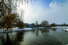 Stour & the Snow - Continued (Steve Balkwill) Tags: river stour riverside snow suffolk sudbury ducks mill hotel landscape trees ripple
