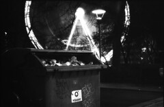 garbage glory (Arpadkoos) Tags: zenit zenitxp12 garbage gloria budapest eye light trash night bulb