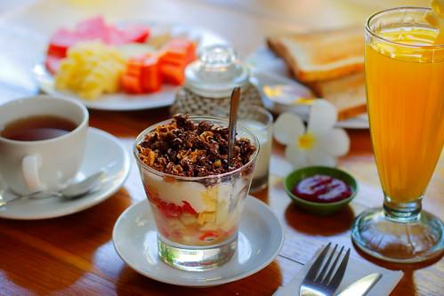 balihotelpearl-continental-breakfast