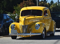 1940 Ford DeLuxe coupe (Custom_Cab) Tags: 1940 ford deluxe de luxe coupe yellow car street hot rod custom