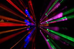Gruga Parkleuchten 2 (didibild) Tags: linien symmetrie zoom farben licht gruga park parkleuchten