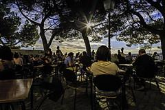 Lisboa - After work mood (FBK1956) Tags: gegenlicht evening abend canon5dmarkiii canon5d canoneos canon afterwork miradouro sonne sun 2016 lissabon portugal