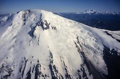 Volcán Callaqui (Mono Andes) Tags: andes chile chilecentral regióndelbiobío volcán volcano volcanoe volcáncallaqui glaciar glacier sierravelluda volcánantuco fotoaérea