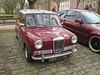Riley Elf MkIII ODV777G (Andrew 2.8i) Tags: queen queens square bristol breakfast club show meet car cars classic classics bmc mini mark british saloon mkiii elf riley mkii 2 mk2 mk3 3