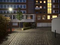 Bremen_e-m10_101B032870 (Torben*) Tags: leicadgsummilux12f14 olympusomdem10 rawtherapee bremen domsheide klosterkirchenstrasse