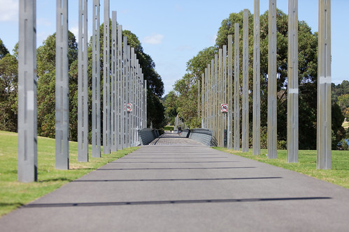 Path in Birrarung Marr