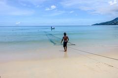 LA PECHE A BAIE LAZARE 2 (brijjour) Tags: bleu chaleur mer nature plage seychelles soleil vacances voyages