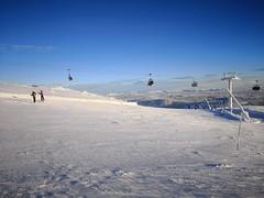 Skihytta Ekspress chair (A. Wee) Tags: 特利西尔 trysil norway 挪威 skihyttaekspress chairlift skiresort 滑雪场