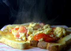 Scrambled Eggs with Tomato (Tony Worrall) Tags: add tag ©2018tonyworrall images photos photograff things uk england food foodie grub eat eaten taste tasty cook cooked iatethis foodporn foodpictures picturesoffood dish dishes menu plate plated made ingrediants nice flavour foodophile x yummy make tasted meal nutritional freshtaste foodstuff cuisine nourishment nutriments provisions ration refreshment store sustenance fare foodstuffs meals snacks bites chow cookery diet eatable fodder scrambled eggs tomato toast