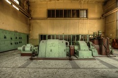 chloro5 (Geert Orange_Crush VP) Tags: urbanexploring urbex abandoned industrial