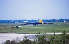 Berlin SXF ILA 2010 B-52H US Air Force (rieblinga) Tags: berlin ila sxf schönefeld flughafen 2010 us air force b52 h atombomber analog canon eos 1v agfa ct precisa 100 diafilm