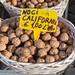 Kalifornische Walnüsse auf dem Markt in Rom