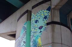 74 Paris décembre 2018 - canal Saint-Denis, sous le pont de l'autoroute A86 à Aubervilliers (paspog) Tags: paris saintdenis canal kanal canalsaintdenis streetart mural murals fresque fresques tags graffitis pont bridge brücke autoroute