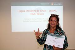 13.11.19 Aposentada encontra novo hobby no aprendizado de línguas.
