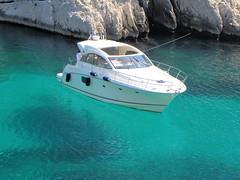 DSCN6017 (alainazer2) Tags: calanques cassis mer mare sea eau acqua water bateau boat