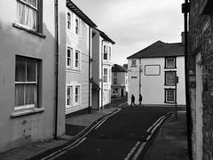 Stryd yr Efail a'r Stryd Uchel, Aberystwyth (Rhisiart Hincks) Tags: dubhisbán dubhisgeal gwennhadu zuribeltz blancoynegro blancetnoir houses maisons tiez tai taighean tithe sráideanna straedoù sràidean ailtireachd ailtireacht pensaernïaeth architecture ceredigion aberystwyth galesherria a'chuimrigh anbhreatainbheag kembre wales cymru bw duagwyn townscape treflun town tref streets strydoedd thealbion