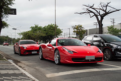 458 & F12 (Andre.Silot) Tags: ferrari 458 italia v8 v 8 f12berlinetta f12 f 12 berlinetta rosso corsa são paulo sp motorgrid d3200 d 3200 nikon ctbaexotics 2018 meeting exotics cars exotic car