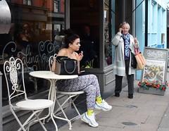 No Giggling Squids (Bury Gardener) Tags: suffolk streetphotography street streetcandids strangers snaps candid candids people peoplewatching folks nikond7200 nikon england eastanglia uk 2018 burystedmunds britain abbeygatestreet