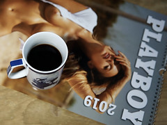 Playboy - Kalender (ingrid eulenfan) Tags: 2019 kaffeepause coffeebreak 365project kafffee coffee cup coffeepot kalender calendar playboy frau woman 30mm sonyalpha6000