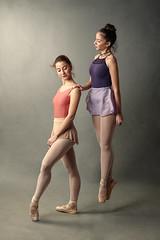La Danza - Paula & Maria (jmsoler) Tags: ballet 2018 zaragoaza artesescénicas jmsoler estudio ballerinas godooxad600pro
