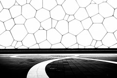 Olympic park - 03 (coopertje) Tags: beijing olympicpark olympics nationalaquaticscenter icecube blackandwhite blue architecture summergames zomerspelen olympische spelen 2008 swimming ice gold silver bronze water bw night shot dark evening nikon d800 manfrotto tripod