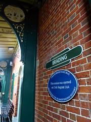 Brading Station (Alex-397) Tags: iow isleofwight england britain island uk train transport tube londonunderground islandline class483 1938stock travel