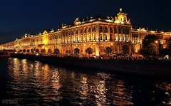 Hermitage at night (Mahmoud R Maheri) Tags: stpetersburg russia hermitage city night river reflection waterfront museum building