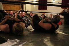 2018-11-10_21-41-02CanonEOS1_IMG_4506_Kiri (Miguel Discart (Photos Vrac)) Tags: 2018 canon canoncanoneos1100d canoncanoneos1100defs1855mmf3556iii canoneos1100d catch combatdelutte efs1855mmf3556iii highiso iso6400 kevinrahino kevinvaldez lodelinsart lutte mbm sport superstarwrestling ultimasombra wrestling wrestlingmatch