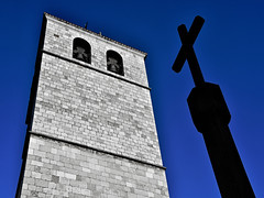 Catedral de Santander (RobertLx) Tags: church santander cathedral cantabria spain europe architecture building city brick tower cross sky blue gothic medieval catedraldesantander santandercathedral