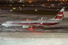 "American Airlines ""TWA Heritage"" · Boeing 737-823(WL) · N915NN (cn 33227, ln 4322, fn 3KA) · KCMH 11/27/18 (Micheal Wass) Tags: cmh kcmh johnglenncolumbusinternationalairport johnglenninternationalairport johnglennairport aa aal american americanairlines boeing 737 boeing737 737800 boeing737800 737823 boeing737823 b738 n915nn twa twaheritage transworldairlines"