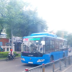 Foton BJ6931C6MCB on bus line number 18: September 23rd park <-> Hiệp Thành market | Vehicle license plate: 51B - 400.69 (phanphuongphi) Tags: chobenthanh truongthptvothisau congvien23thang9 cngbus benthanhmarket chohiepthanh buytsaigon ngvbus chogovap fotonbus hochiminhcity congvienphanmemquangtrung bus18 nganamchuongcho langtreemsos uybannhandanquangovap naturalgasbus