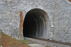 RhB Klosters Tunnel (Intro) (Kecko) Tags: 2018 kecko switzerland swiss schweiz graubünden graubuenden gr klosters platz prättigau davos rhätischebahn rhaetian railway railroad bahn viafierretica rhb tunnel swissphoto geotagged geo:lat=46869600 geo:lon=9878530
