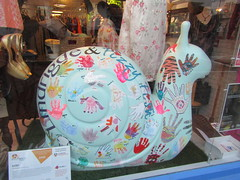 Art101 (one of the Junior Snails) (wallygrom) Tags: england sussex eastsussex brighton snailtrail sculpturetrail snailspace bemoresnail sculptures
