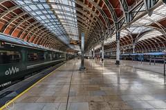 London Nov 2018 061-Edit (Mark Schofield @ JB Schofield) Tags: london paddington railway station rail train commute wrought iron arched burger king bar stall ticket turnstile
