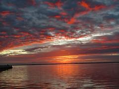 112318am 1 (sunlight_hunt) Tags: texasgulfcoast texassunrisesunset texassky matagordabay sunlight sunrisesunset