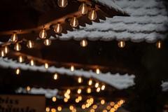 Lichter am Erlanger Weihnachtsmarkt 0775 (Peter Goll thx for +10.000.000 views) Tags: 2018 erlangen waldweihnacht weihnachtsmarkt nikkor bokeh snow licht schnee 28300mm light bayern deutschland de