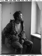 Emmanuel - pensif - pensive (JJ_REY) Tags: emmanuel fils son portrait bw noiretblanc polaroid expired t55 4x5 largeformat toyofield 45a sironarn rodenstock 150mmf56 negatif negative epson v800 silverfast8studio colmar alsace france