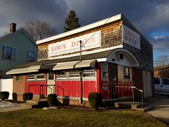 Lou's Diner, Clinton, Massachusetts. (63vwdriver) Tags: lousdiner worcesterlunchcarcompany clintonma