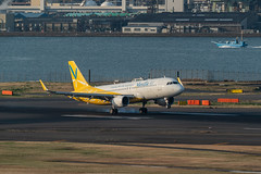 20190315 HND JA04VA 001 (dora9092) Tags: バニラエア hnd 羽田空港 tokyointernationalairport rjtt vanillaair バニラ・エア hanedaairport airbusa320214 東京国際空港 a320200