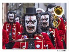 Carnaval de Bâle 2019 : la guggenmusik avance ! (C. OTTIE et J-Y KERMORVANT) Tags: carnaval carnavaldebâle carnavaldesenfants fasnacht baslerfasnacht baslerkinderfasnacht bâle basel suisse