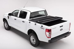 www.unixmo.co.nz (Unixmo) Tags: pickup truck bed cover soft tonneau