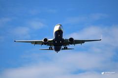 EI-DAR Boeing 737-8AS, Ryanair, Palma de Mallorca, Mallorca, Spain (Kev Slade Too) Tags: eidar boeing737 ryanair lepa palmademallorca mallorca majorca spain