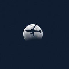Crossing Paths (crashmattb) Tags: superwolfbloodmooneclipse atlanta marietta georgia 2019 bloodmoon moon celestial astrophotography astronomy lunar lunareclipse eclipsedeluna lightroom canon70d canonefs55250f456isstm telephoto northamerica airplane commericalairline plane jet