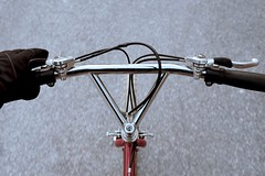 Ritchey Mountain Bikes handlebar (Shu-Sin) Tags: bicycle mtb mountain bike velo handlebars chrome ritchey bikes magura brake levers