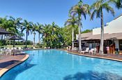 17/2 Landsborough Parade, Golden Beach QLD